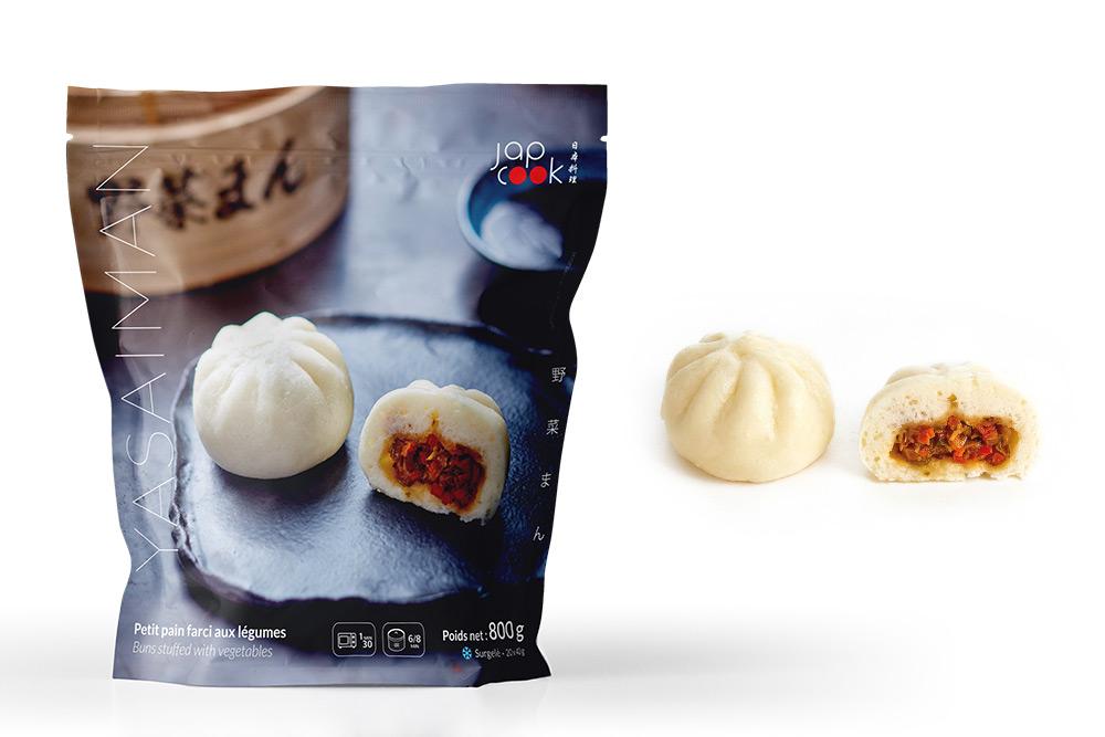 Yasaiman - Petit pain garni aux légumes, cuit